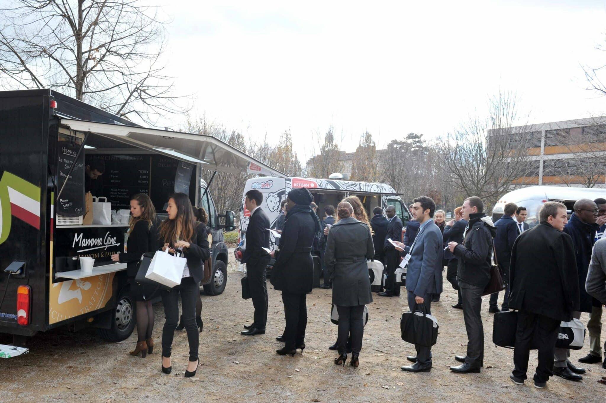 Rotation Food Trucks - Pause Déjeuner Entreprise ISFA - Nomad Kitchens
